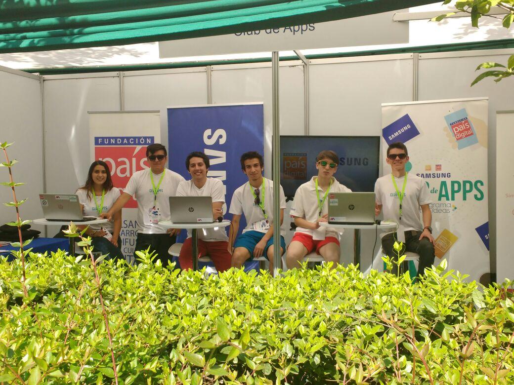 Fundación País Digital con su Club de Apps participa en #Futuristas del Congreso del Futuro