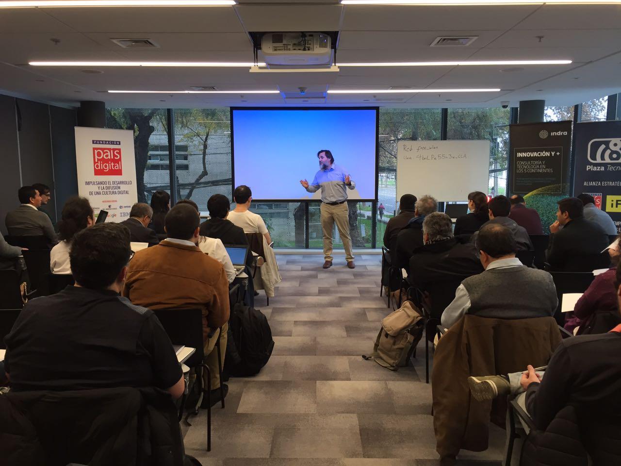 Plaza Tecnológica continúa realizando talleres del Ciclo de Capacitaciones para el empredimiento en IoT