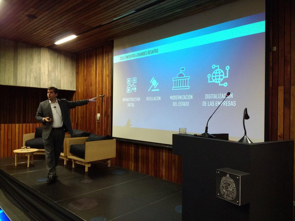 Presidente de País Digital expuso en Meet Up sobre Transformación Digital
