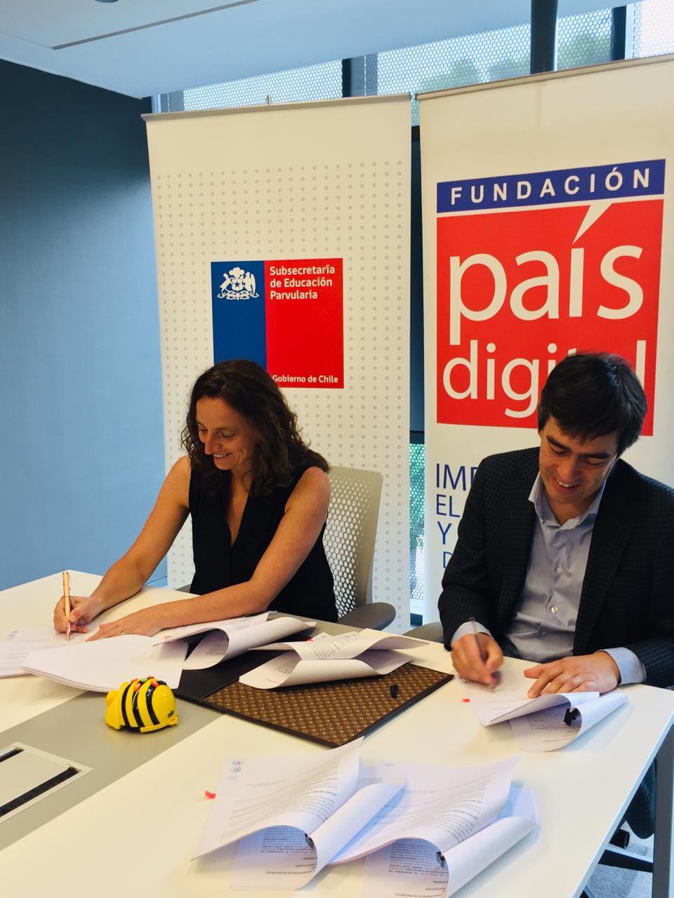 Fundación País Digital y Subsecretaría de Educación Parvularia firman acuerdo de colaboración